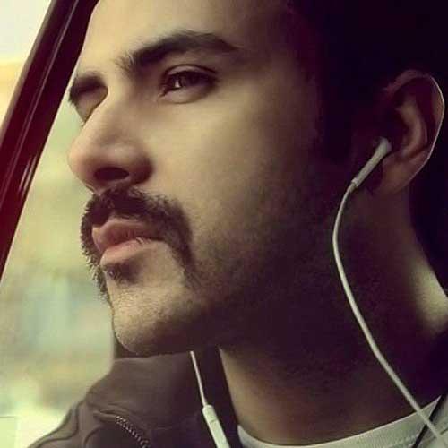 http://dl.face1music.com/face1music/1397/ordibehesht97/18/Ali-Molaei-Vaghtesheh.jpg